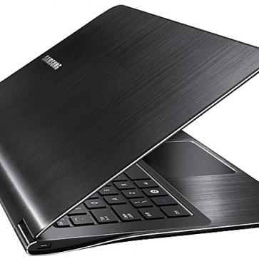 Ремонт ноутбука Samsung 900X1B: замена видеочипа, моста, гнезд, экрана, клавиатуры